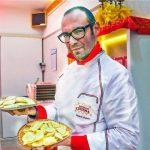 Valerio Chiesa, il pastaio livornese che crea il tortello d'oro per le tavole di lusso